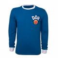 Vue de devant du maillot de football vintage de la DDR des années 70
