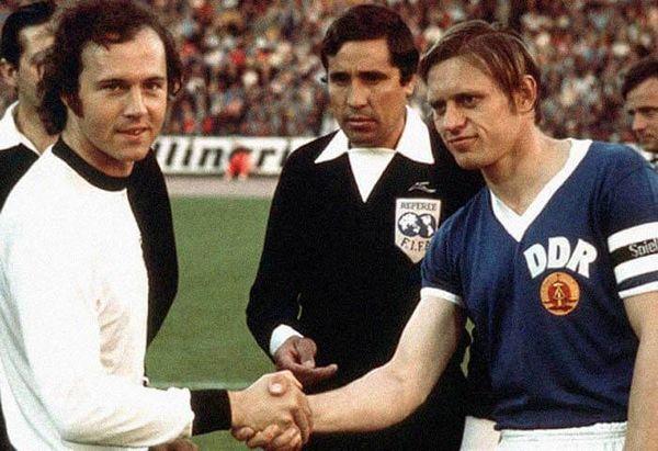 Match entre l'Allemagne de l'Ouest et l'Allemagne de l'Est à la coupe du monde 1974